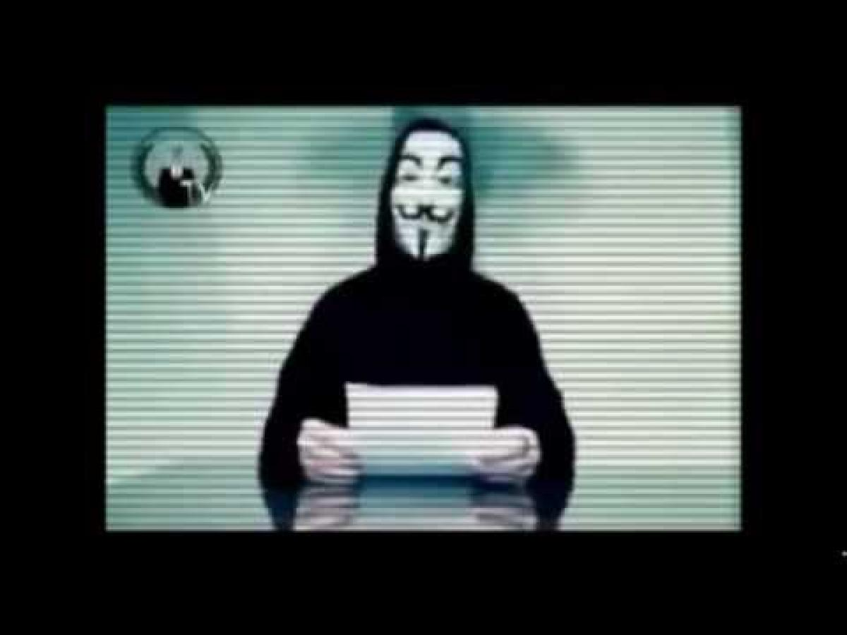 Anonymous_message_to_tunisian_people_about_attounissia_tv_hacked_page_